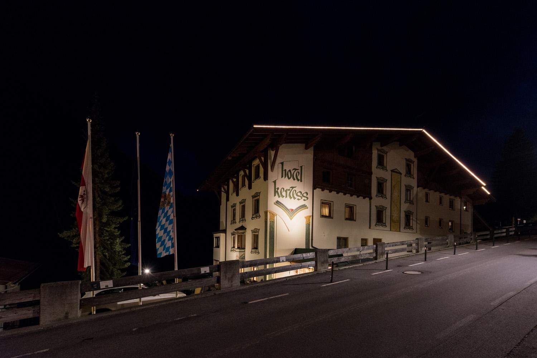außenansicht-hotel-kertess-rückseite