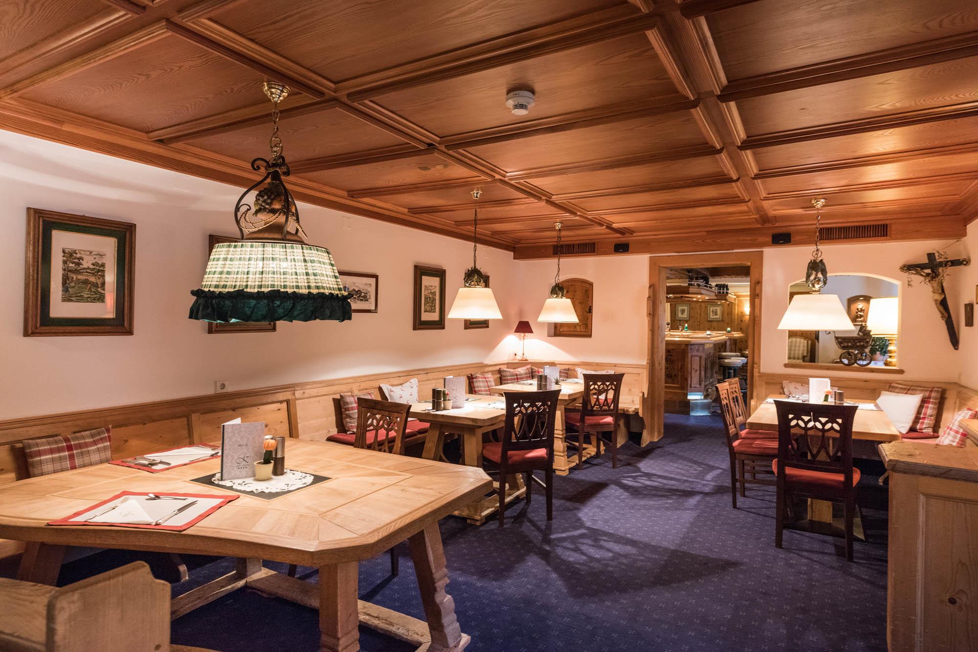 restaurant-hotel-kertes