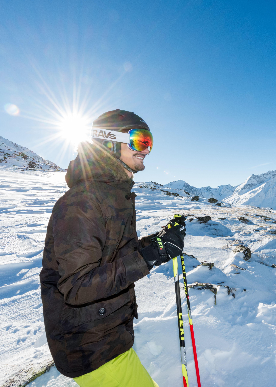winter-urlaub-hotel-st.-anton-schifahren